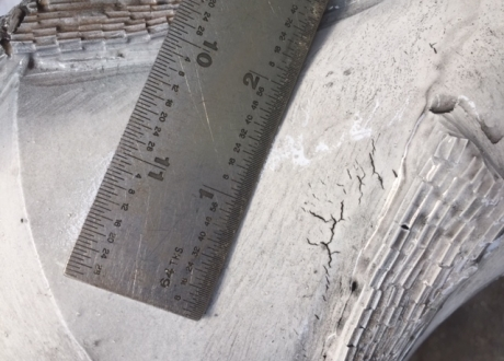 Crack indications in Body of Mill